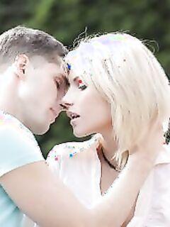 Трахнул милую блондинку (15 фото) - порно фото